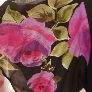 Beautiful layered dress Sz M